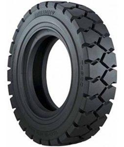 Trelleborg T900 pnevmatika
